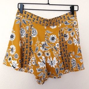 Urban Outfitters 🌻 High Waisted Floral Shorts